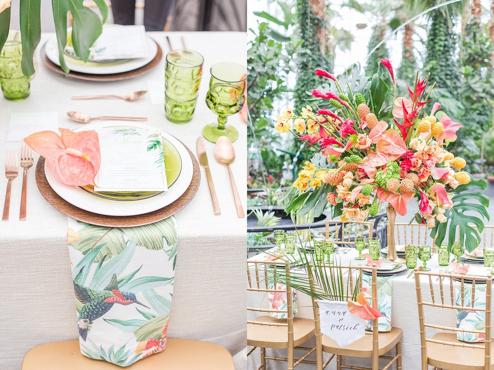 colorful-tropical-wedding-photos-at-the-crystal-gardens-in-chicago-illinois-by-courtney-carolyn-photography_0031.jpg