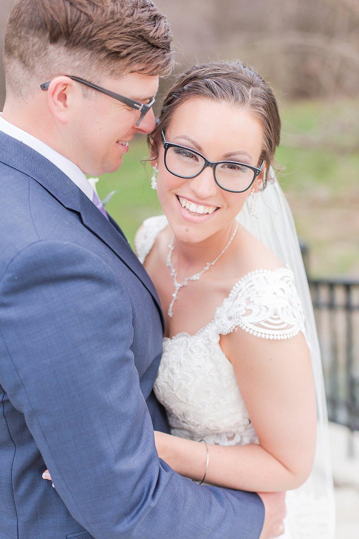 joyful-romantic-modern-laid-back-wedding-photography-in-detroit-ann-arbor-northern-mi-and-chicago-by-courtney-carolyn-photography_0059.jpg