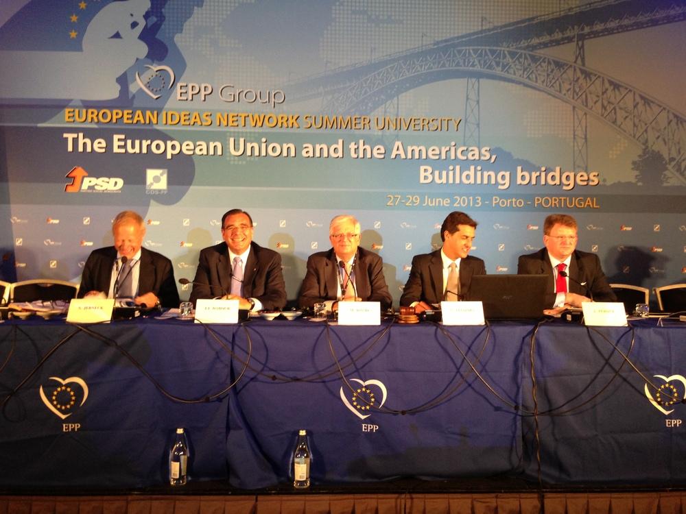 eu-ideas-network-group.JPG