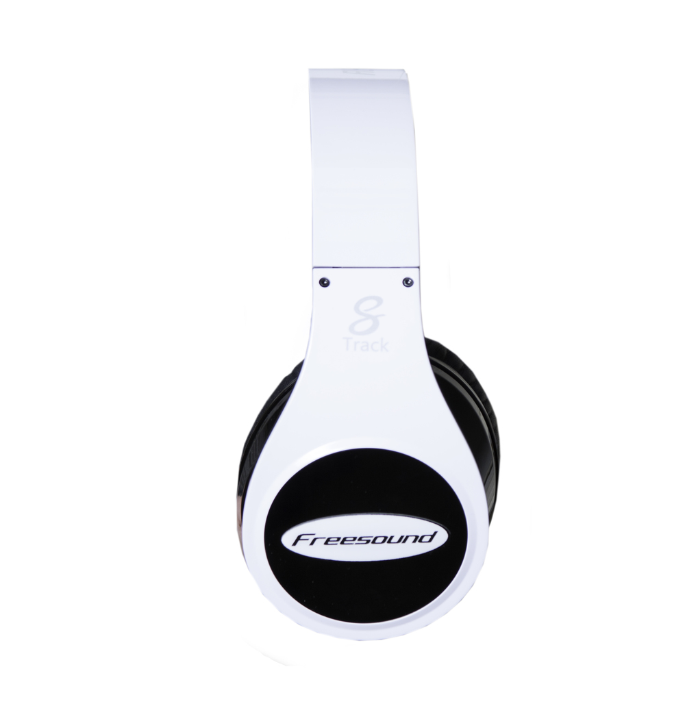 FreeTrack 3d wireless headphones white.jpg