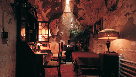 Al Capone's Cell, located at Eastern State Penitentiary