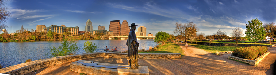 Panoramic-photo-of-Stevie-Ray-Vaughan-SRV-Memorial-on-Town-Lake-in-Austin,-Texas,-USA-copy.png