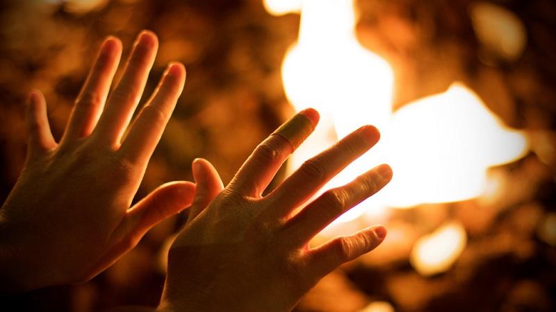 warminghandsfire.jpg