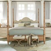 Moderne Muse Bedroom