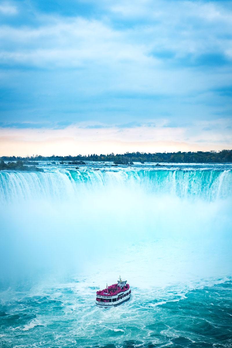 Niagara Falls (2017)