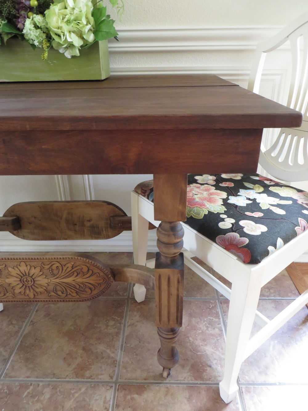 Refinishing a dining tablea tutorial Beckwiths Treasures