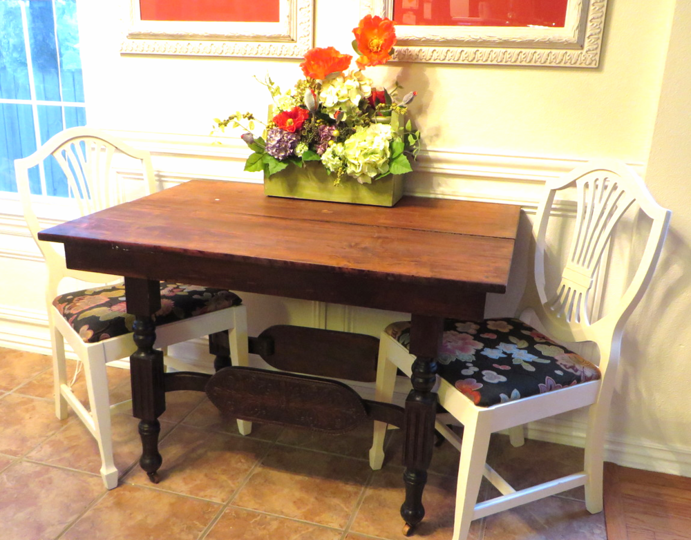 refinishing a dining table a tutorial beckwith 39 s treasures. Black Bedroom Furniture Sets. Home Design Ideas