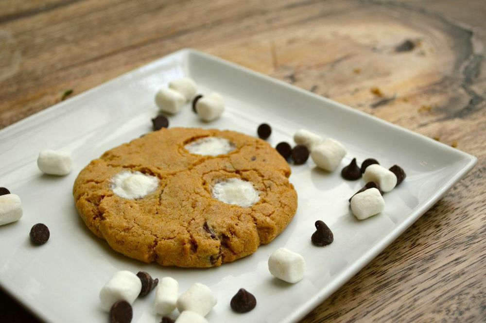Baking bettys gourmet cookies keep you coming back for smore negle Gallery