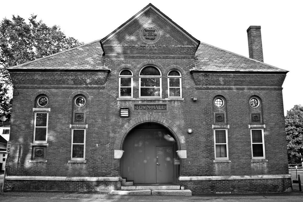 Historic Town Hall.jpg