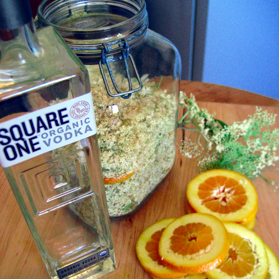 elderflower liqueur.jpg