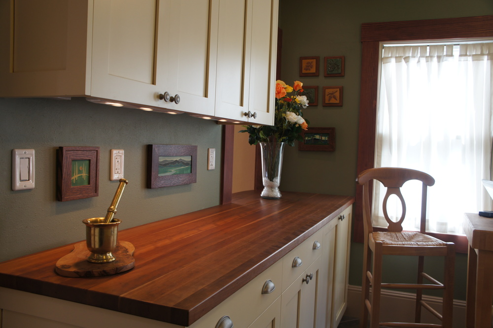 Painted Craftsman Freedman Chesley Custom Cabinets