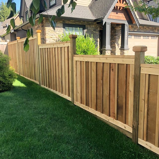 A good fence makes good neighbours. #cedarfence