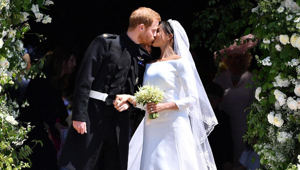 royal kiss.jpg