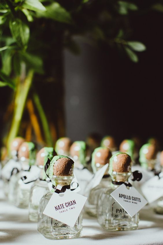 party favor place card 18.jpg
