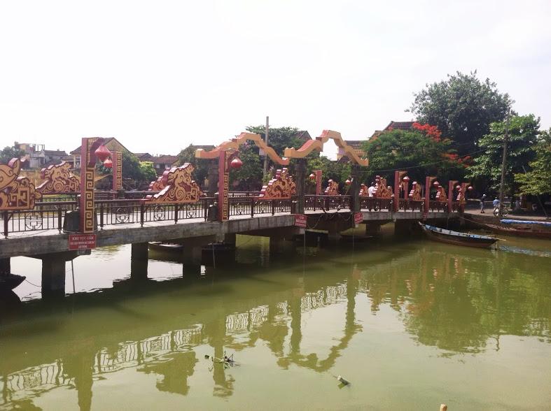 hoi an bridge.JPG