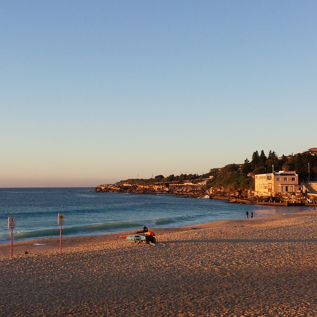 Early morning walk at #coogee beach. Love the winter light. #sydney #sunrise