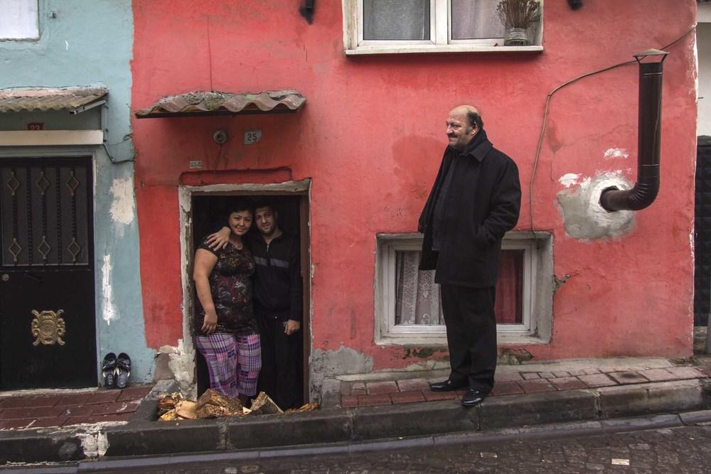An uzbek woman and a turkish man
