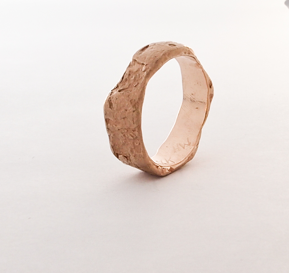 rough gold ring 5.jpg