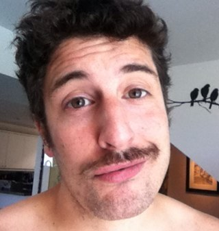 Oh, right...Jason Biggs.