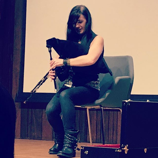 So @maggie_stiefvater played the bagpipes for us and we were like 😲😍 @onceuponatimebkstore @myglendalelac #maggiestiefvater #allthecrookedsaints #myglendalelac #onceuponatimebookstore
