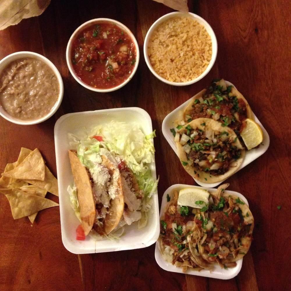 chapalas-tacos.jpg