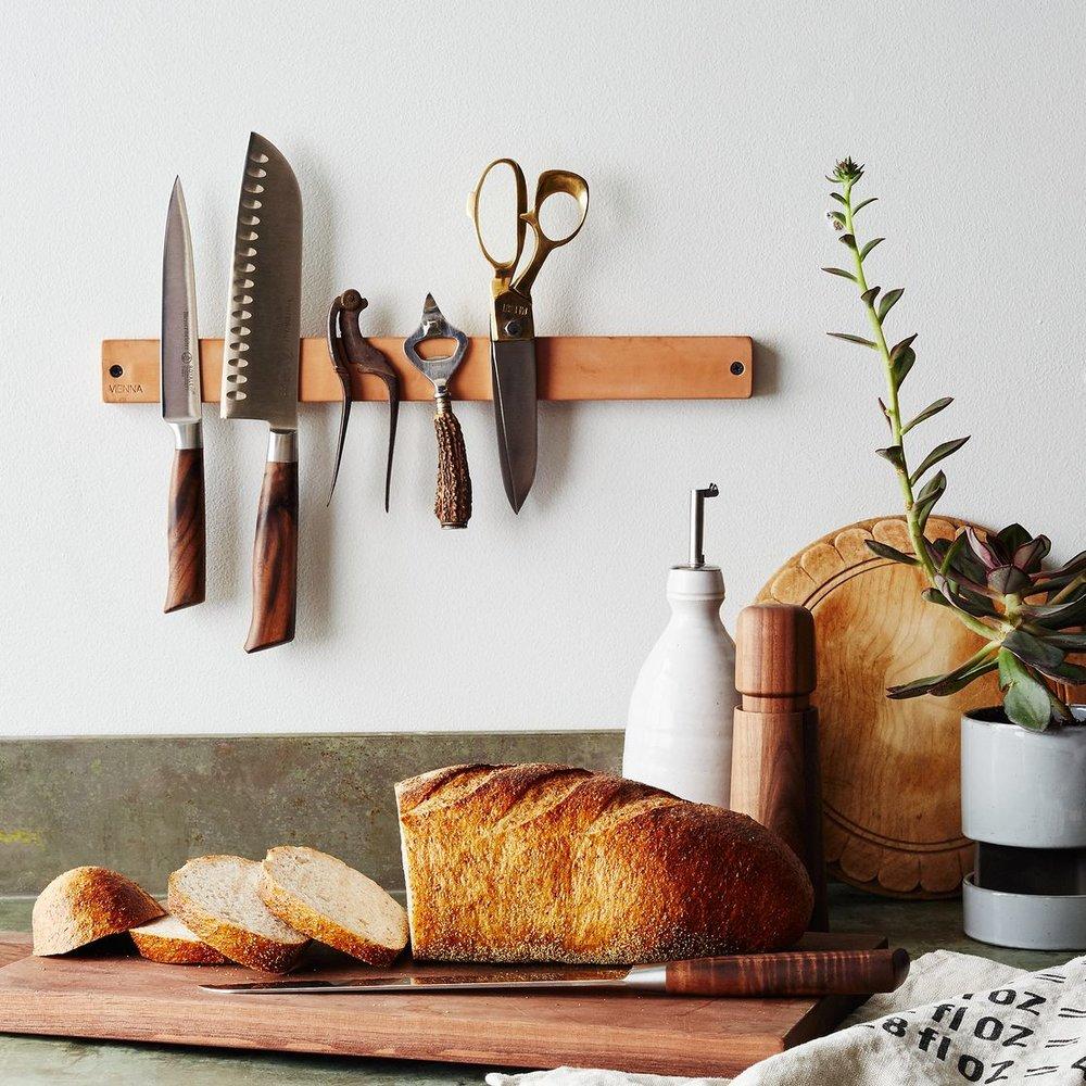 Leather Knife Grabber