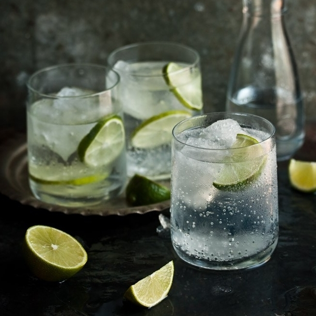 gin-and-tonic-feature-image (1).jpg