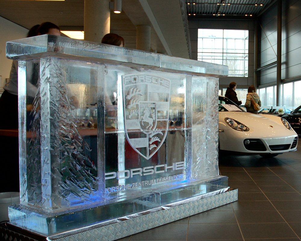 Porsche ice bar