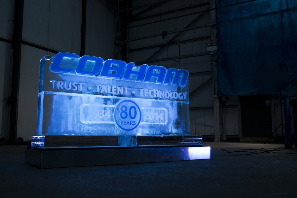 Cobham_ice_sculpture_Side_view.jpg