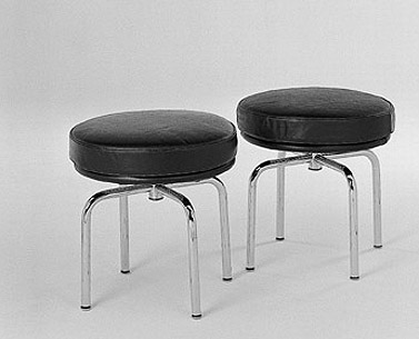 CO16: 1928  |                                      Charlotte Perriand                                        Swivel stool with tubular steel frame in epoxy enamel or polished chrome. Seat covered in expanded foam. Not removable covering in leather or fabric.