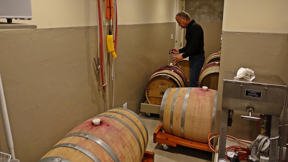8 Taste and top-up barrels