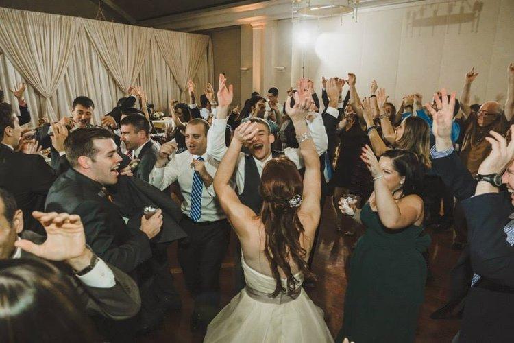 10 fun wedding songs to get people groovin nice entertainment