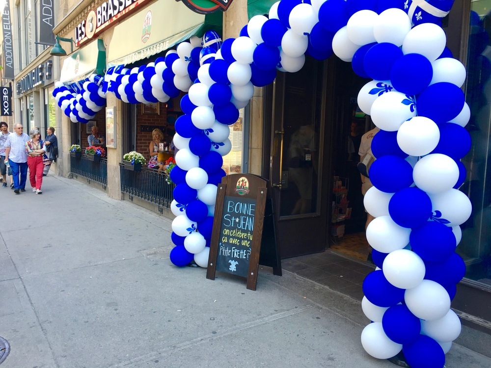 Blue in the City: Balloons