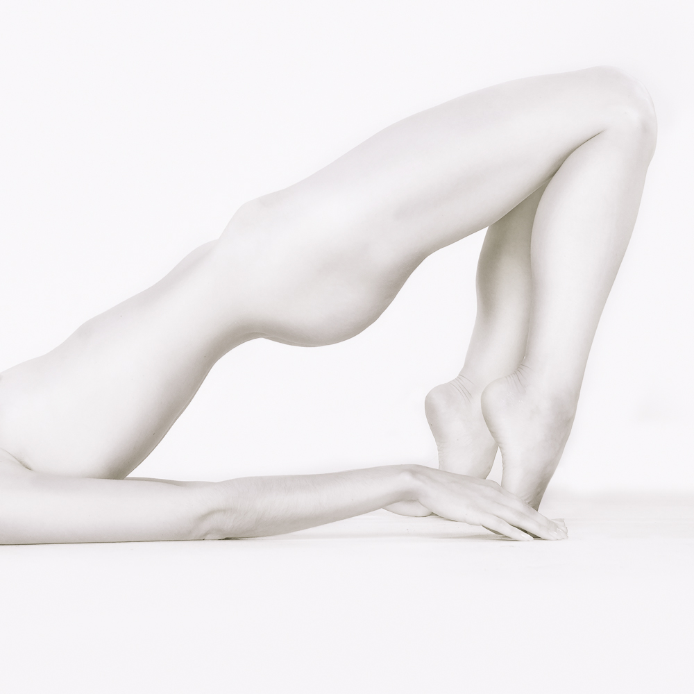 Geometry_ZoeWest_Bodyscapes_20140321-2.jpg