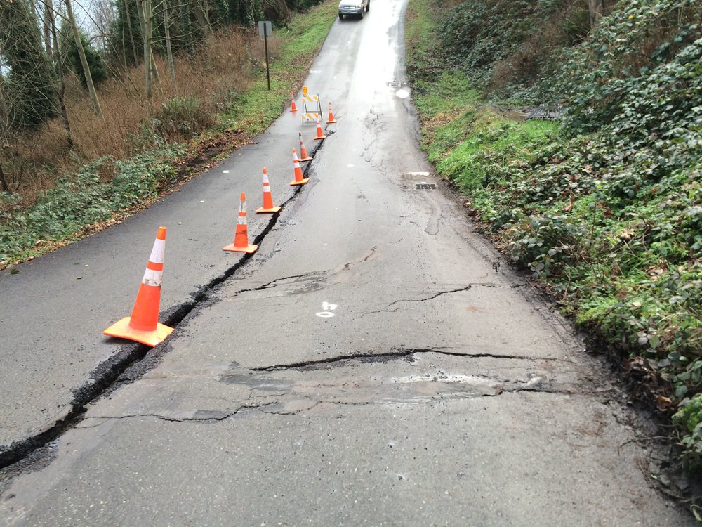 Washington Blvd landslide.JPG