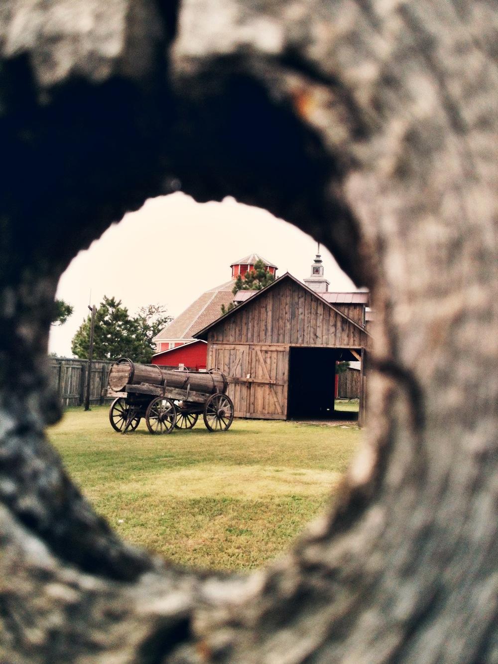 1880's Peep Hole
