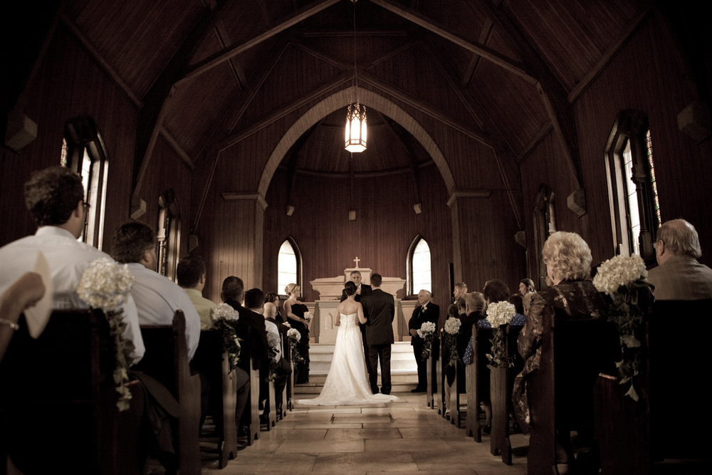 wedding-photography-bride-groom-church