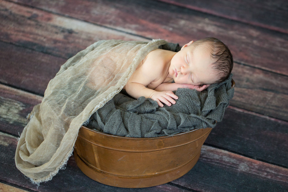 Declan's newborn session-54.jpg