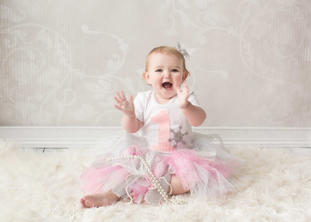 Ryleigh's one year session-19.jpg