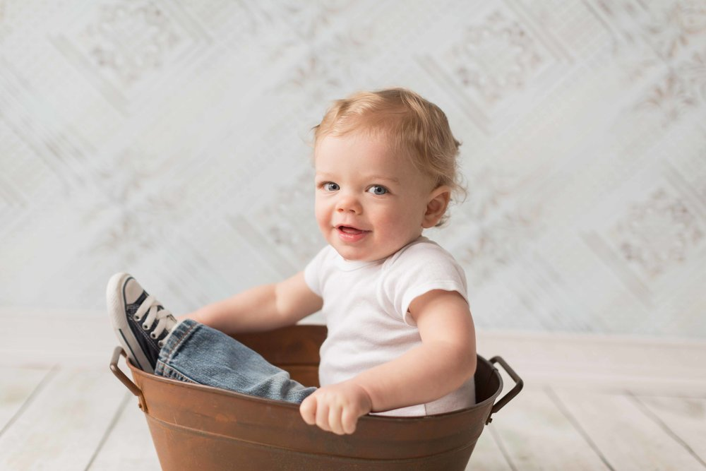 Andrew's one year session-9.jpg