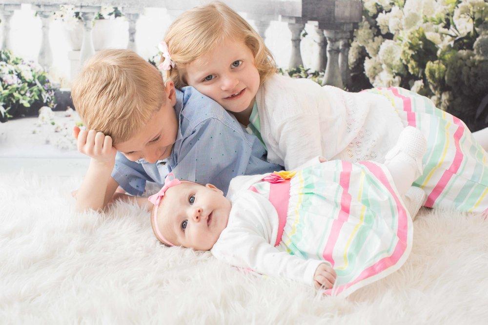 Jake, Olivia, & Ella-16.jpg