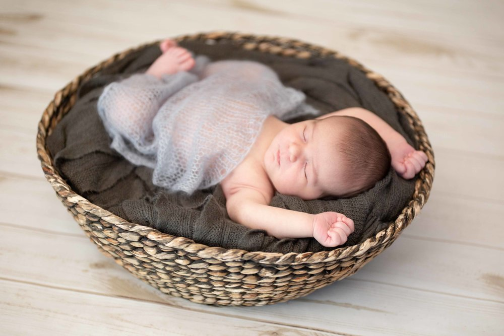Oliver's Newborn Session-41.jpg