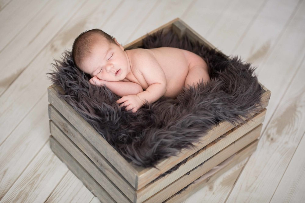 Oliver's Newborn Session-66.jpg