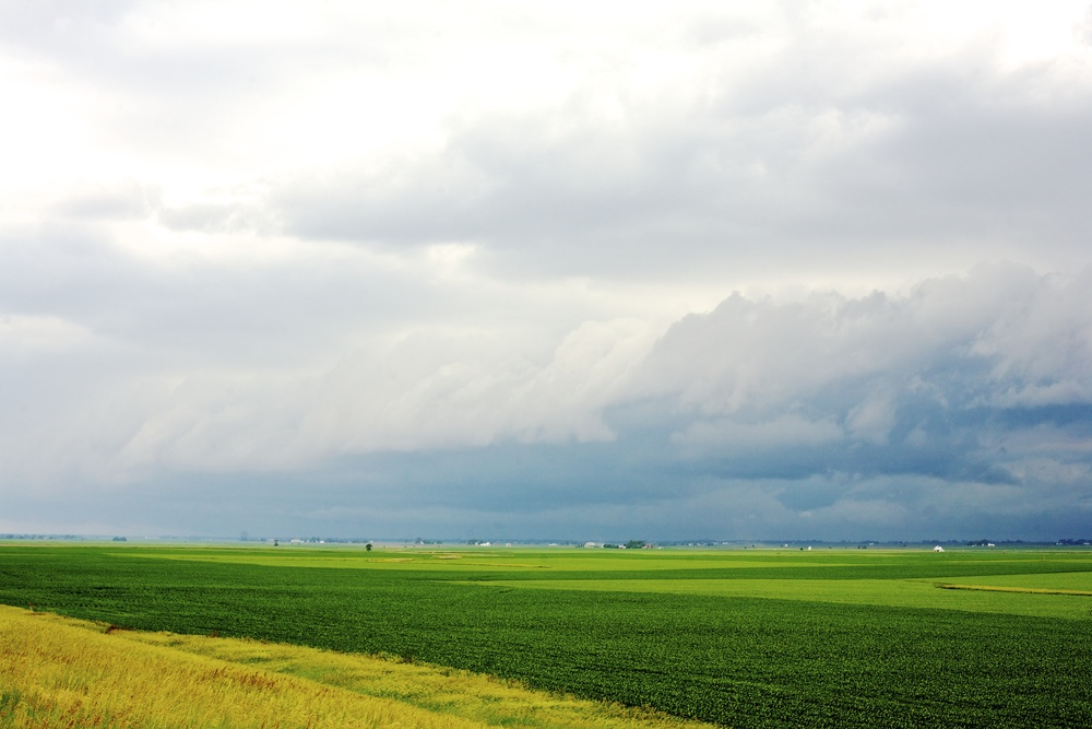 A storm front moving south near Lostant, Illinois.