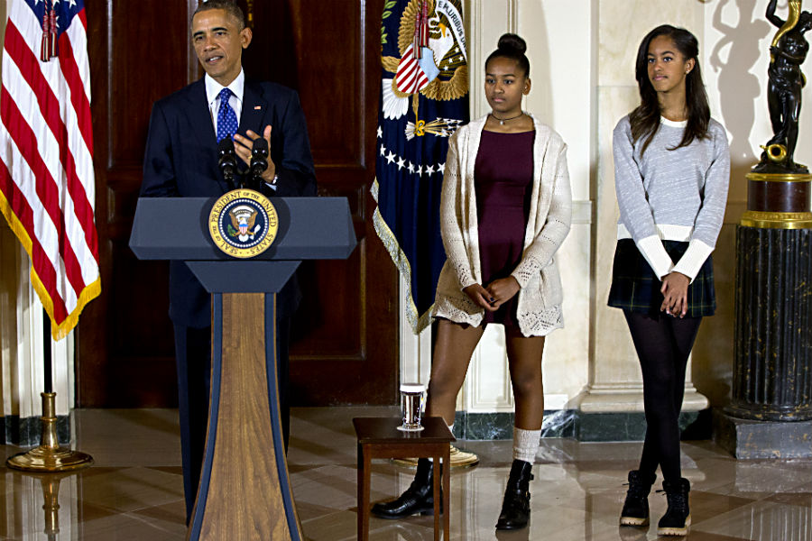 The Obama daughters at the turkey pardoning.