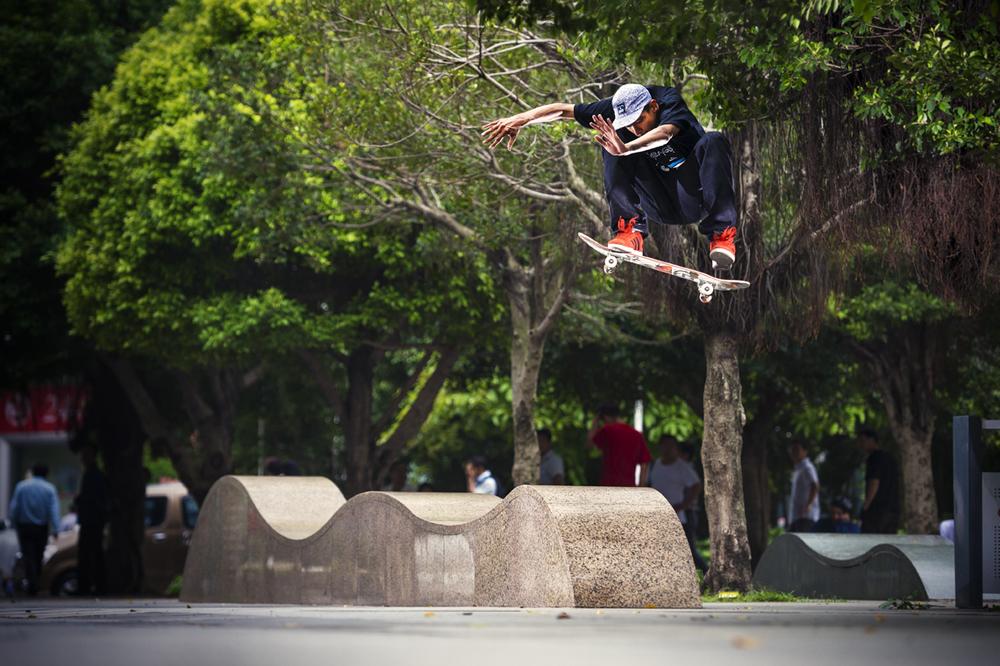 Rodrigo_TX_swshifftyflip_waves_shenzhen_DSC1645.jpg