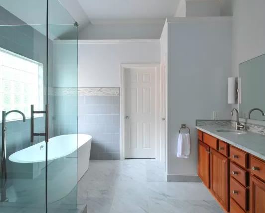 Modern Master Bathroom -