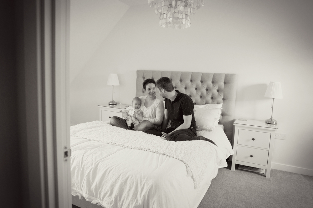 Sophie Evans Photography, Warwickshire family photographer, lifestyle babyshoot at home (12).jpg