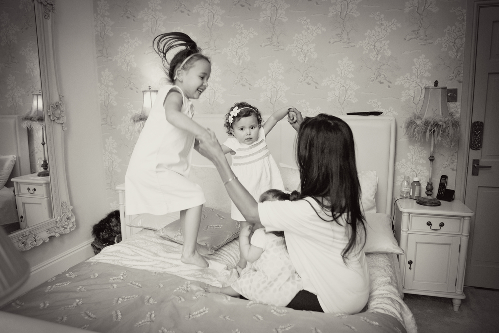 Sophie Evans Photography, At home Family Shoot, Warwickshire, West Midlands, Vicky, Meelia, Amiya & Kiki.jpg
