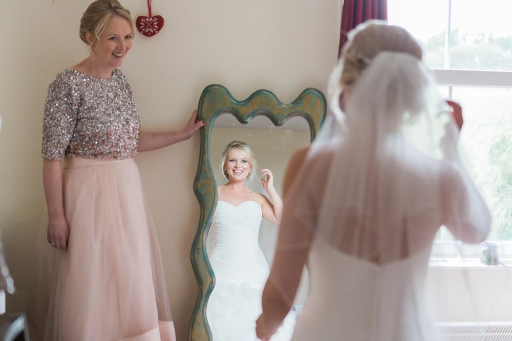 Sophie Evans Photography, Gus & Emma Farm Wedding, Warwick School Wedding. Warwickshire Wedding Photographer-27.jpg